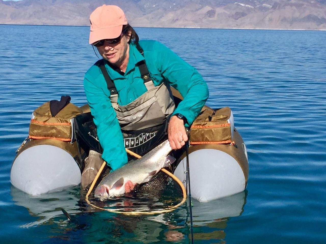 Pyramid lake guides world 39 s largest cutthroat trout for Best fishing float tube